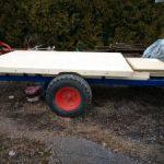 Holz aufbau auf einem Ladewagen Chassi Imkerei-bachmann.ch